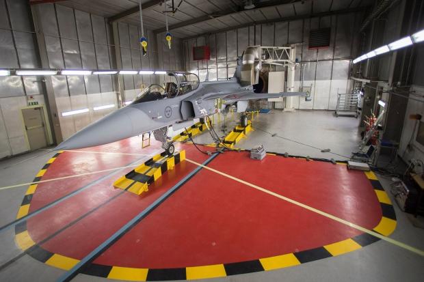 Saab: présentation du futur Gripen - Page 3 7621