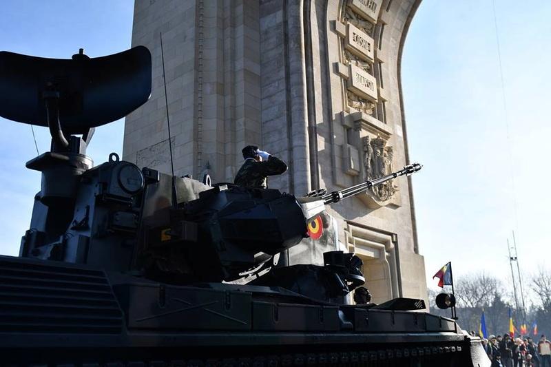 Armée Roumaine/Romanian Armed Forces/Forţele Armate Române - Page 9 811