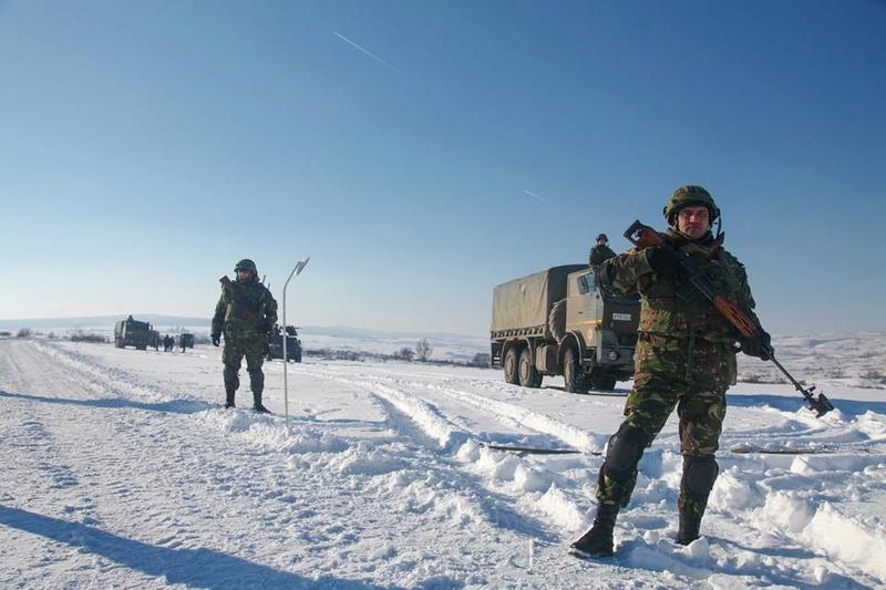 Armée Roumaine/Romanian Armed Forces/Forţele Armate Române - Page 9 827