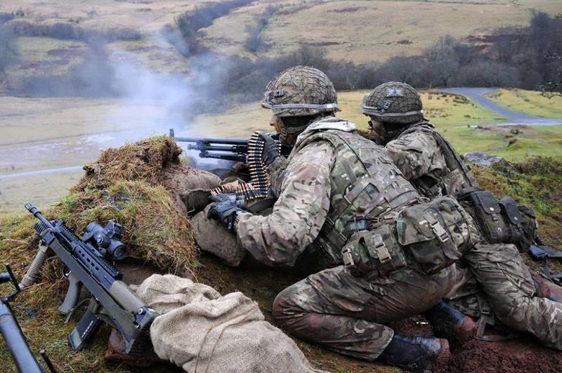 Armée Britannique/British Armed Forces - Page 3 854