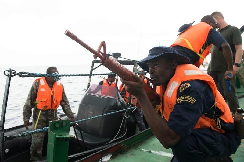 Armed Forces for the Defence of Mozambique / Forças Armadas de Defesa de Moçambique ( FADM ) - Page 2 935