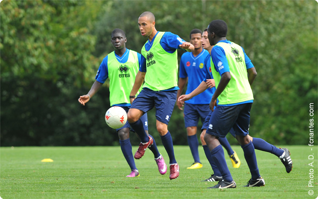 J10 - Vendredi 5 octobre (18h45) : GFC AJACCIO - FC NANTES : 3-1 - Page 2 112