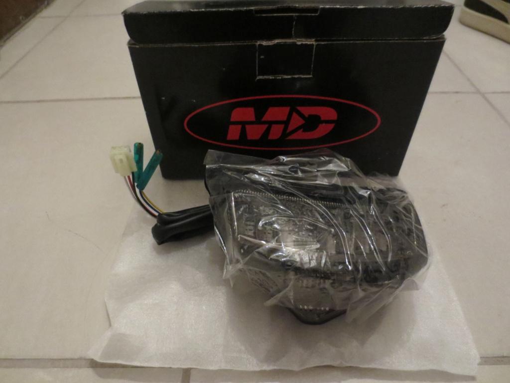 lot accessoires neufs : sdp tbr / feux motodynamic / clignos led yamaha / embouts guidon Img_1011