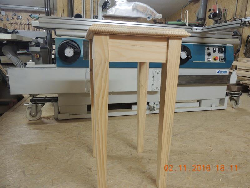 petite  table  Dscn2510