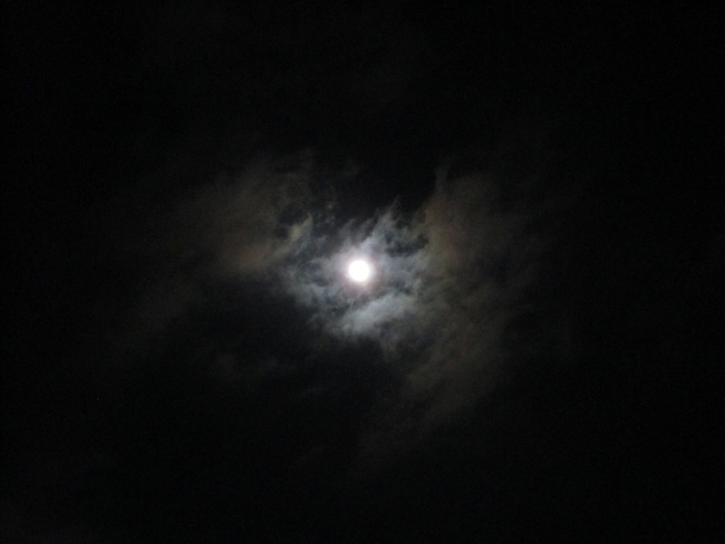 Remue méninges autour de la super Lune Superl11
