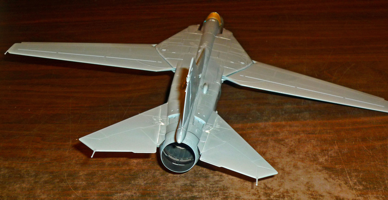 """MiG-27 """"Flogger-D""""; Trumpeter 1/48 - Page 2 P1100132"""