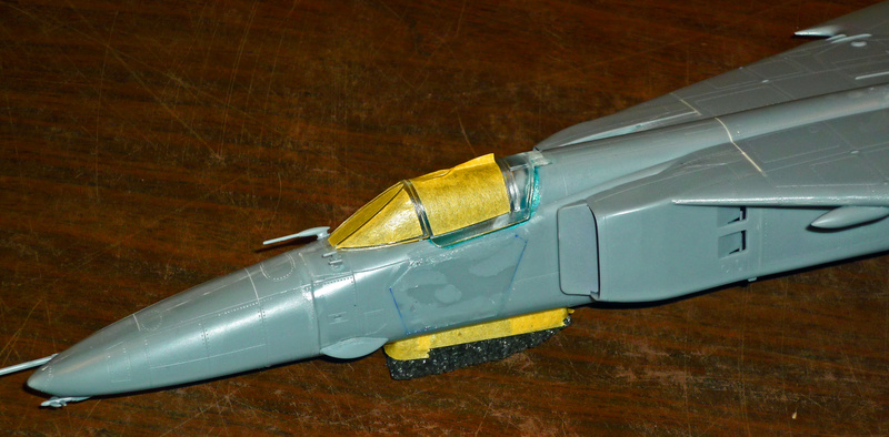 """MiG-27 """"Flogger-D""""; Trumpeter 1/48 - Page 2 P1100140"""