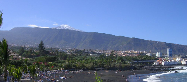 The Volcanic Sands of North Tenerife Playaj10