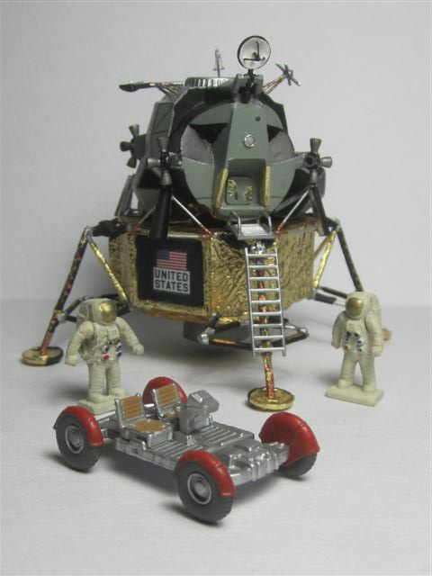 Apollo Eagle - Revell - 1:100 Img_7113