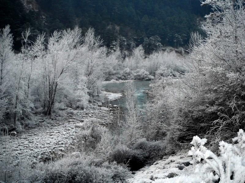 Coup de froid sur la Vaïre Dscf5123