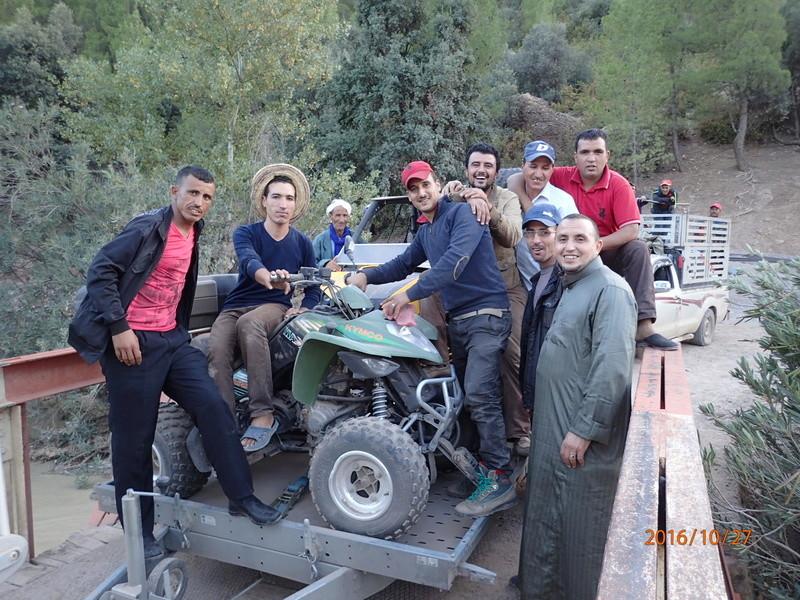 [Carburant, Routes, Police] nouvelle route entre tinghir et beni mellal  Pa270013