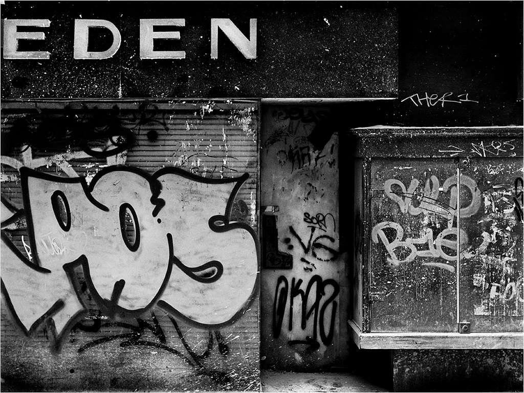 """"""" a l'est d'eden...."""" _6120610"""