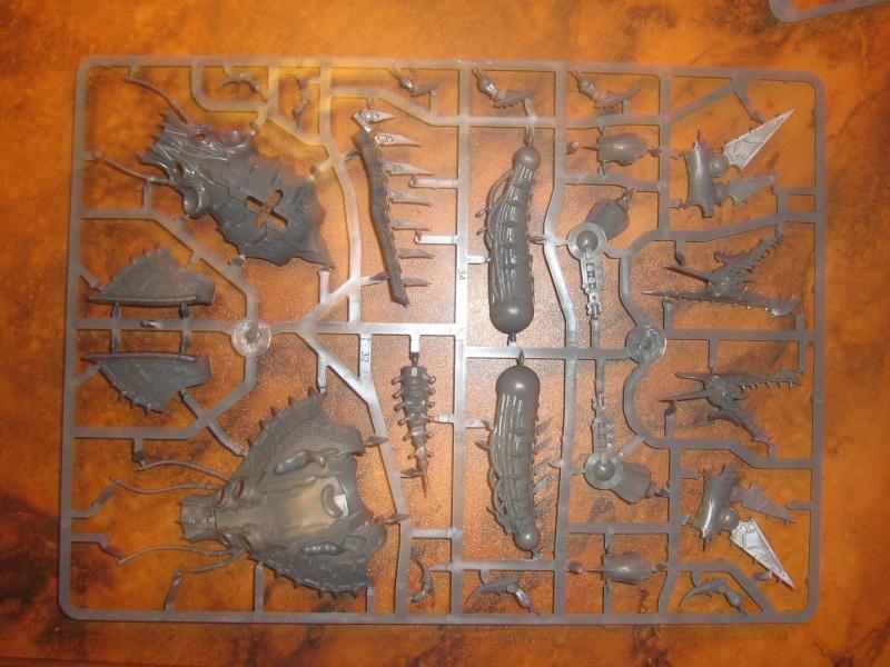 Codex Space Marines du Chaos et nouvelles figurines - Page 2 Held110
