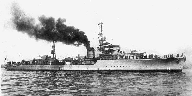 Marine thaïlandaise  Maeklo11