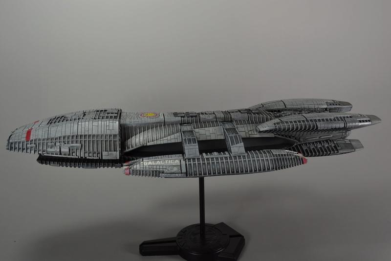 Battlestar Galactica Modelle von Revell Dsc_0017