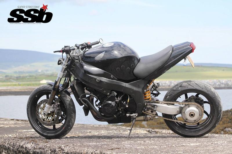 Honda CBR 1100 XX 16487211