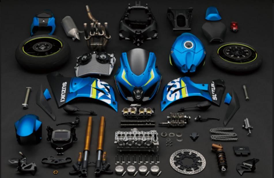 Carnet de piste d'Alex (saison 4 ... et le titre au bout!) Suzuki17