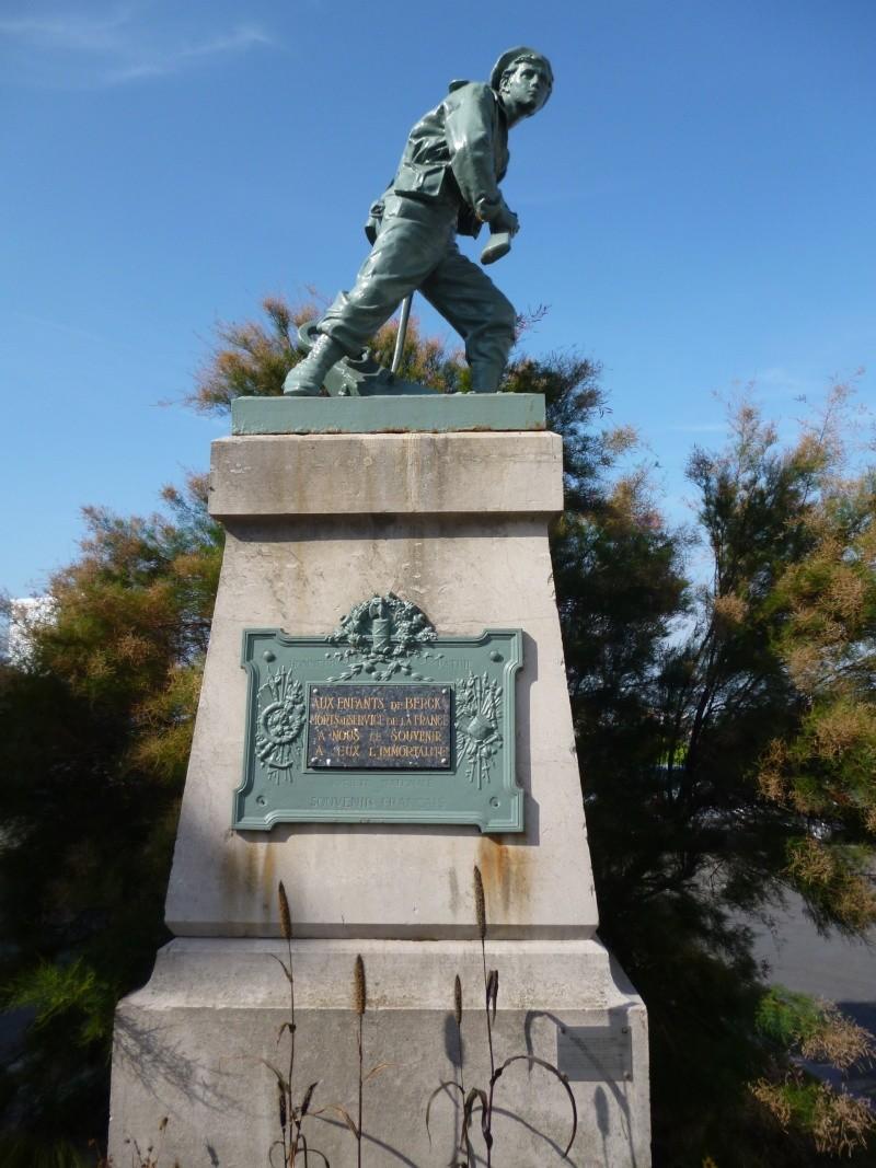 [Histoires et Histoire] Monuments aux morts originaux Français Tome 1 - Page 5 Monume10