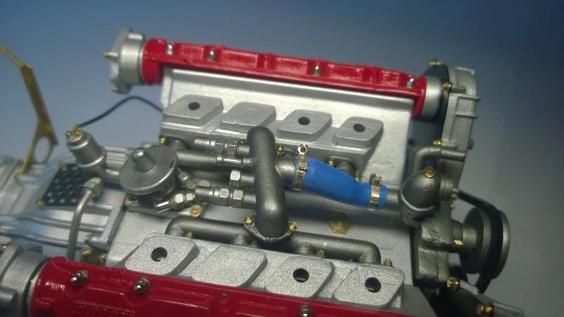Ferrari F40 von Pocher 1:8 mit autograph Transkit gebaut von Paperstev Yulfil14