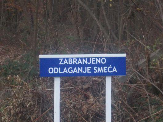 Novi znakovi upozorenja na groblju Babin Greb A_upoz10