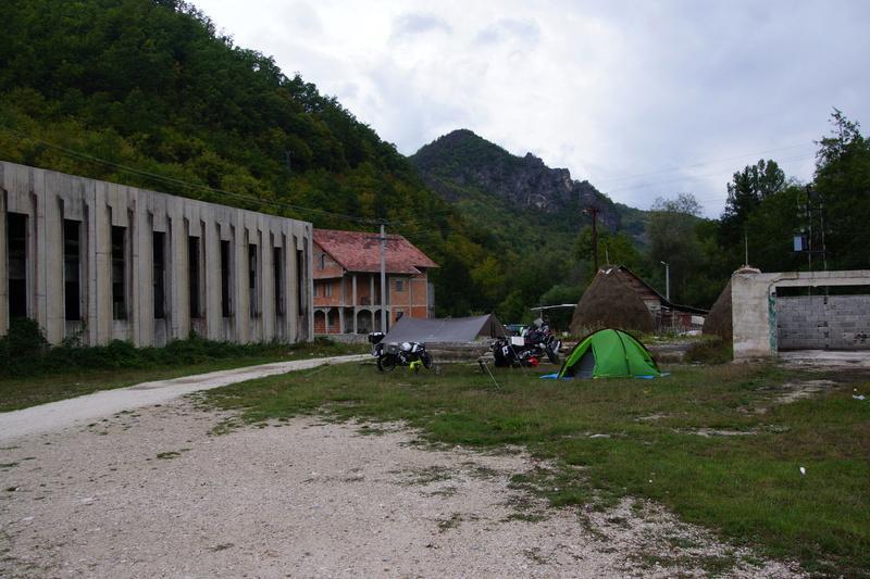 Vos plus belles photos de bivouac - Page 2 Bosnie11
