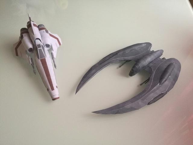 Viper mk II et Cylon Raider Img_2013