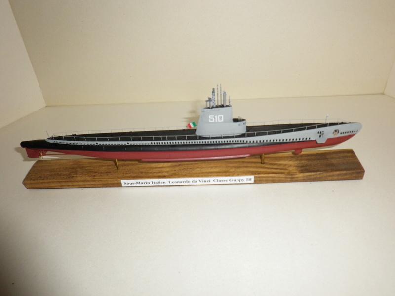 Sous-marin Italien AFV 1/350 Imgp4516