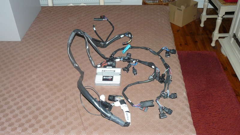 [VENDU] Ligne Akra et Rapidbike Evo pour S1000R P1250310