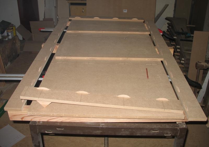 Une table multifonction sans prétention 00111