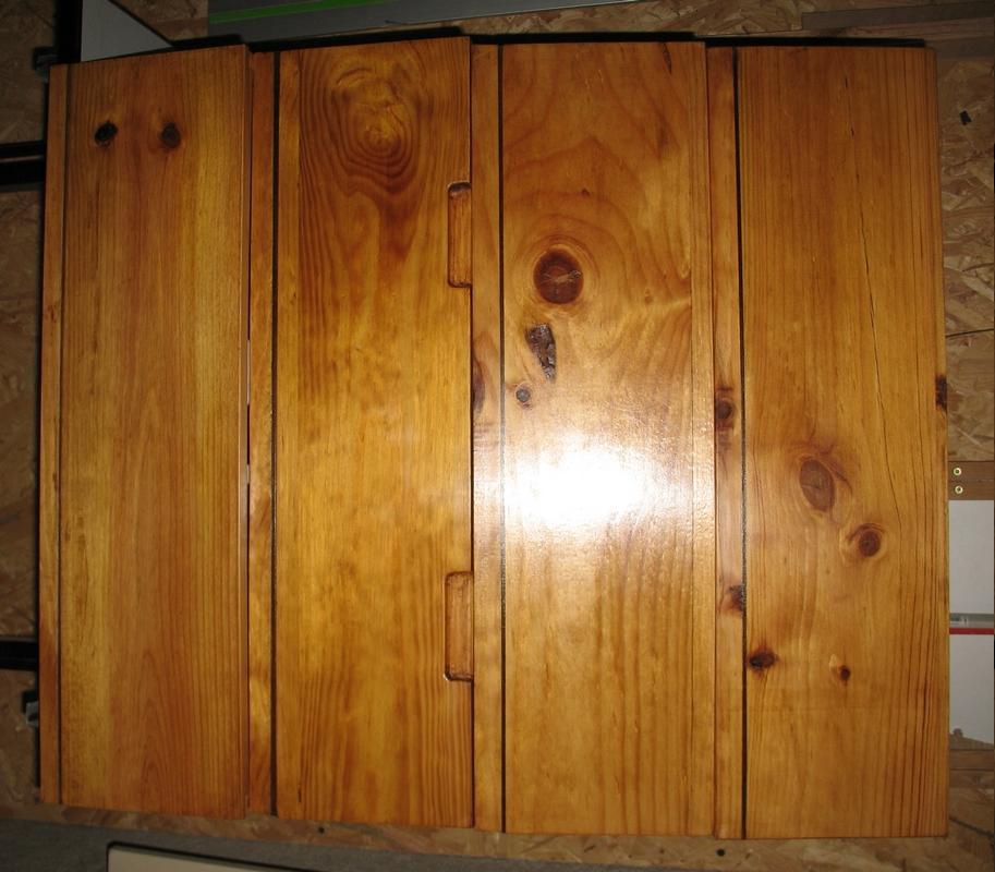 Une table multifonction sans prétention 02210