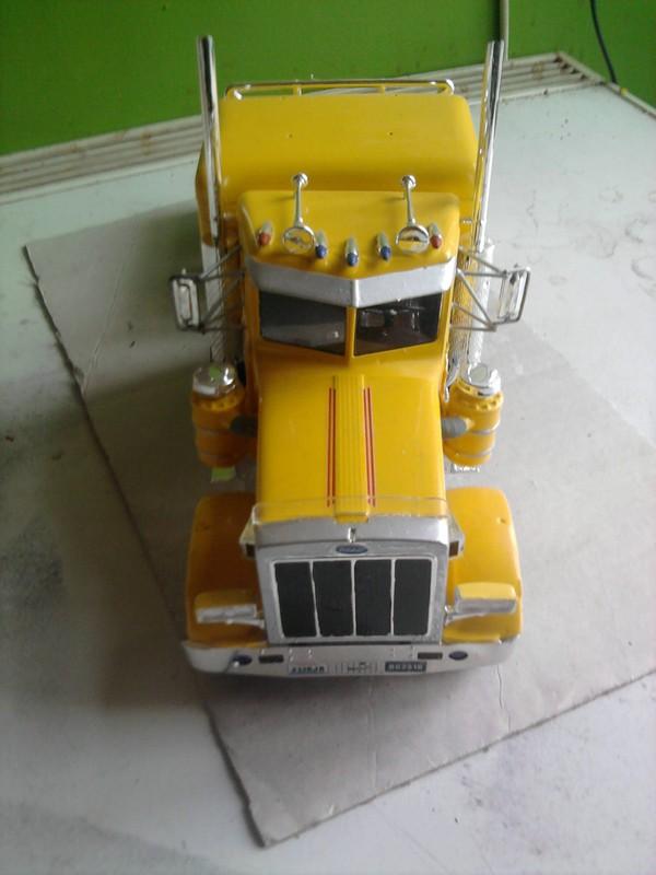 Peterbilt 359 Race Truck 1:25 Foto0022