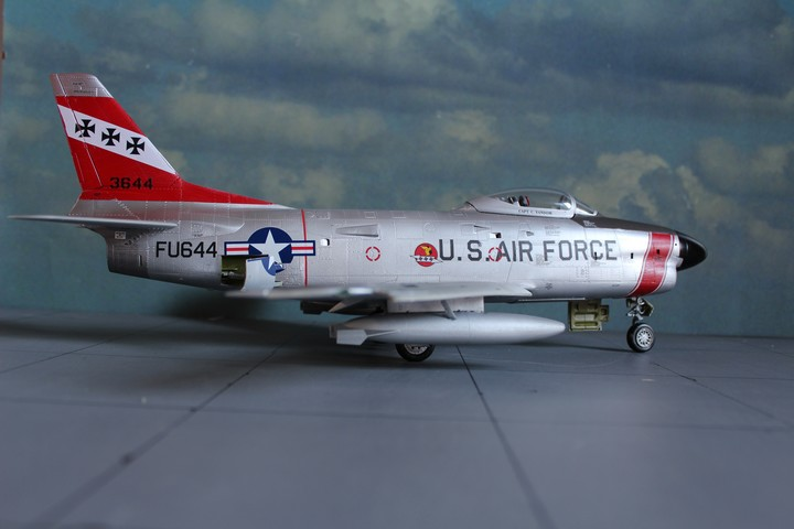NORTH AMERICAN F-86D SABRE North_17