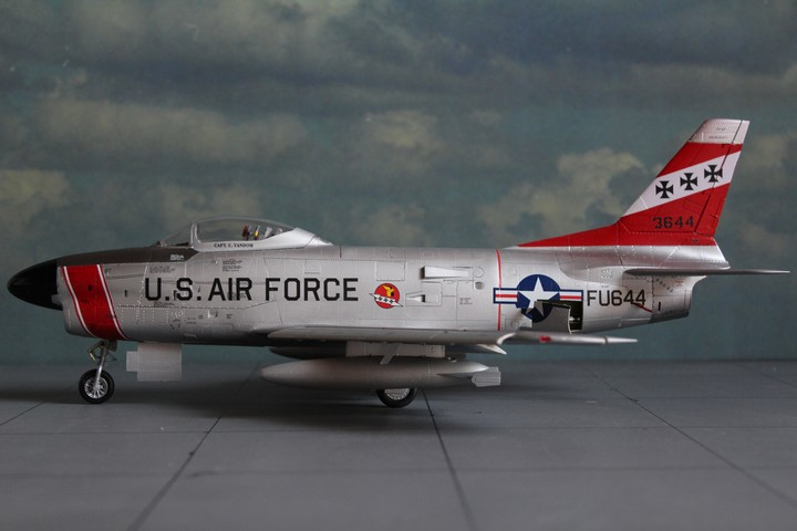 NORTH AMERICAN F-86D SABRE North_19