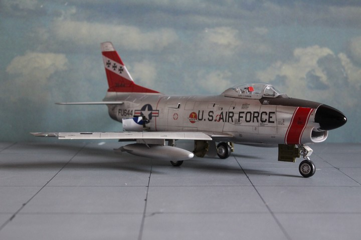 NORTH AMERICAN F-86D SABRE North_24