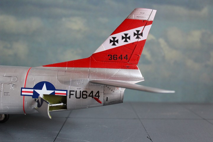 NORTH AMERICAN F-86D SABRE North_25