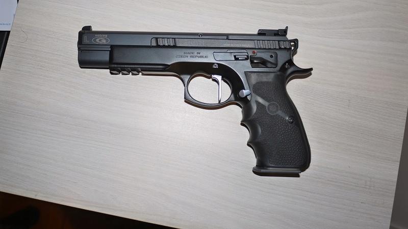 Choix Pistolet 22 P1060217