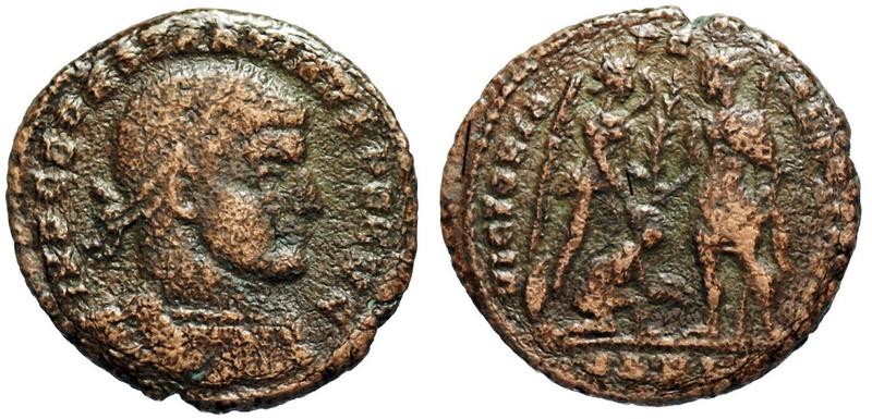 Un follis inédit de Constantin Ier, revers avec Victoire et empereur Img_2612