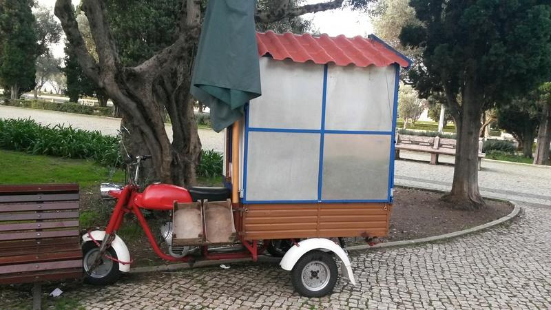 [Oldies] Le Portugal et ces cyclomoteurs 50cc 20161211