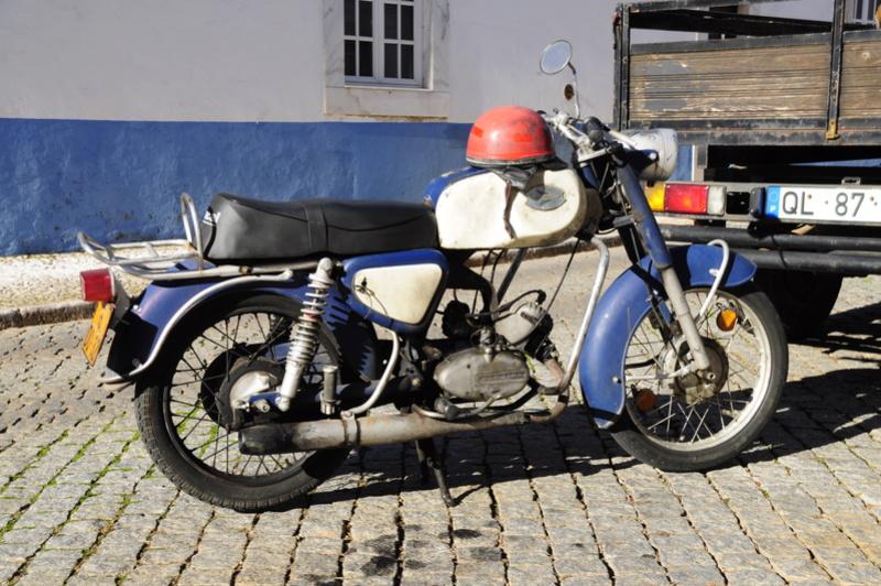 [Oldies] Le Portugal et ces cyclomoteurs 50cc _dsc2610
