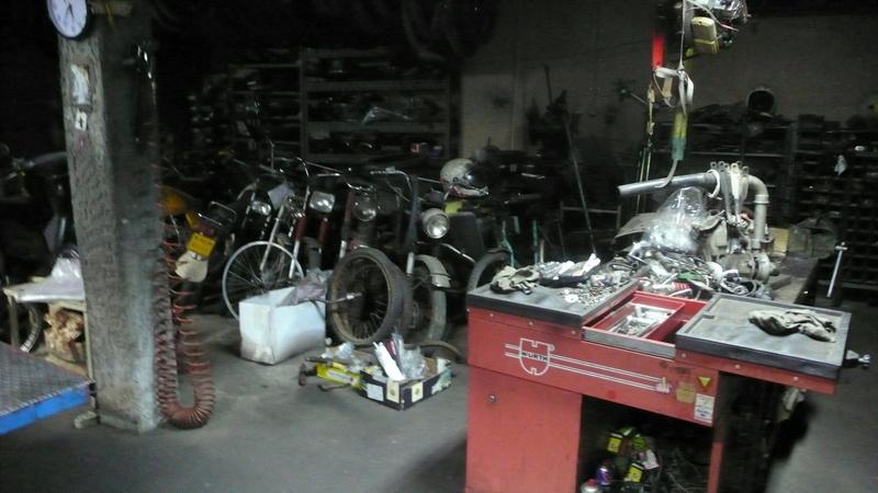[Oldies] Le Portugal et ces cyclomoteurs 50cc P1110620
