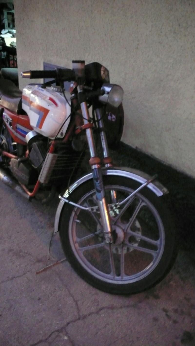 [Oldies] Le Portugal et ces cyclomoteurs 50cc P1110622