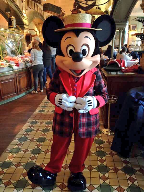 Brunch domenicale al Disneyland Hotel - Pagina 10 002_cr11