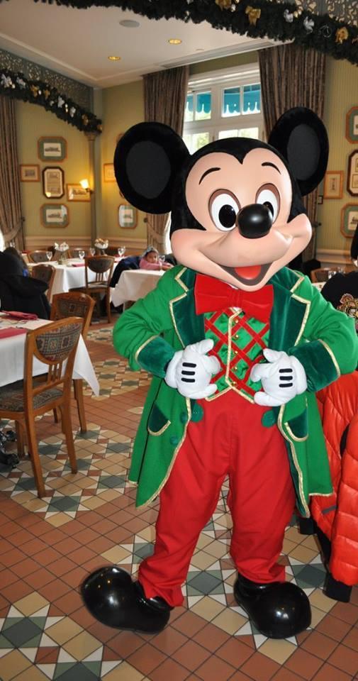 Brunch domenicale al Disneyland Hotel - Pagina 10 14956412