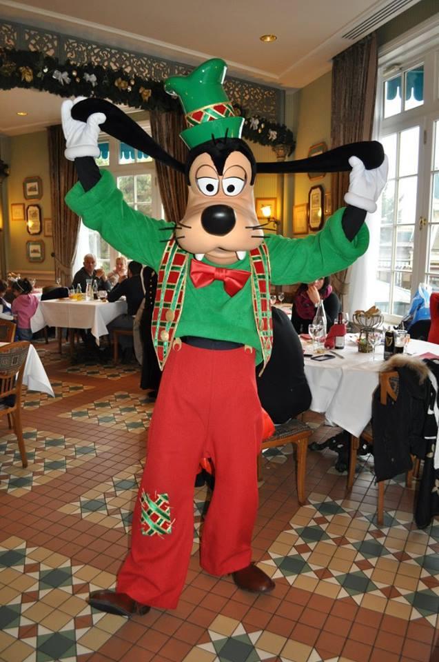 Brunch domenicale al Disneyland Hotel - Pagina 10 14991411