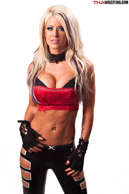 [Rumeurs] Plusieurs retours à prévoir du côté de la TNA ? Angeli10