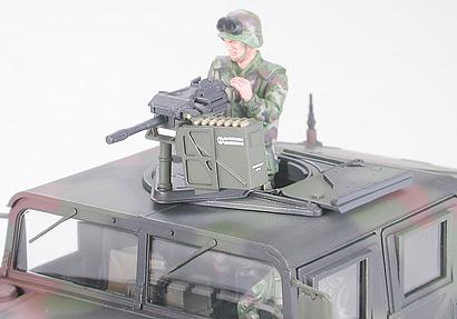 Resolu / CHERCHE l'ensemble trappe et mitrailleuse du Humvee Tamiya au 1/35 Humvee10