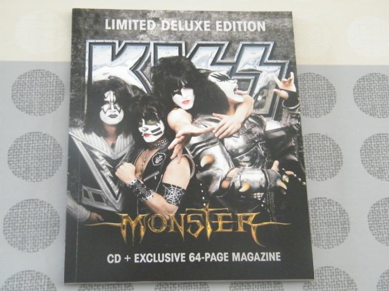 the Monster ZinePak magazine Dscf4622