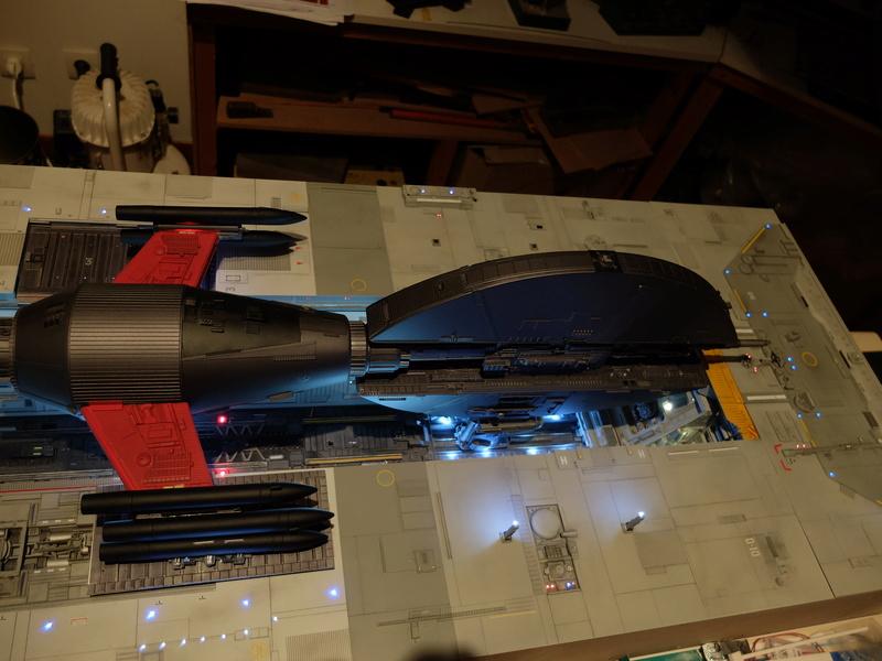 Fregate de combat au 1/200 - Page 5 Dscf2510