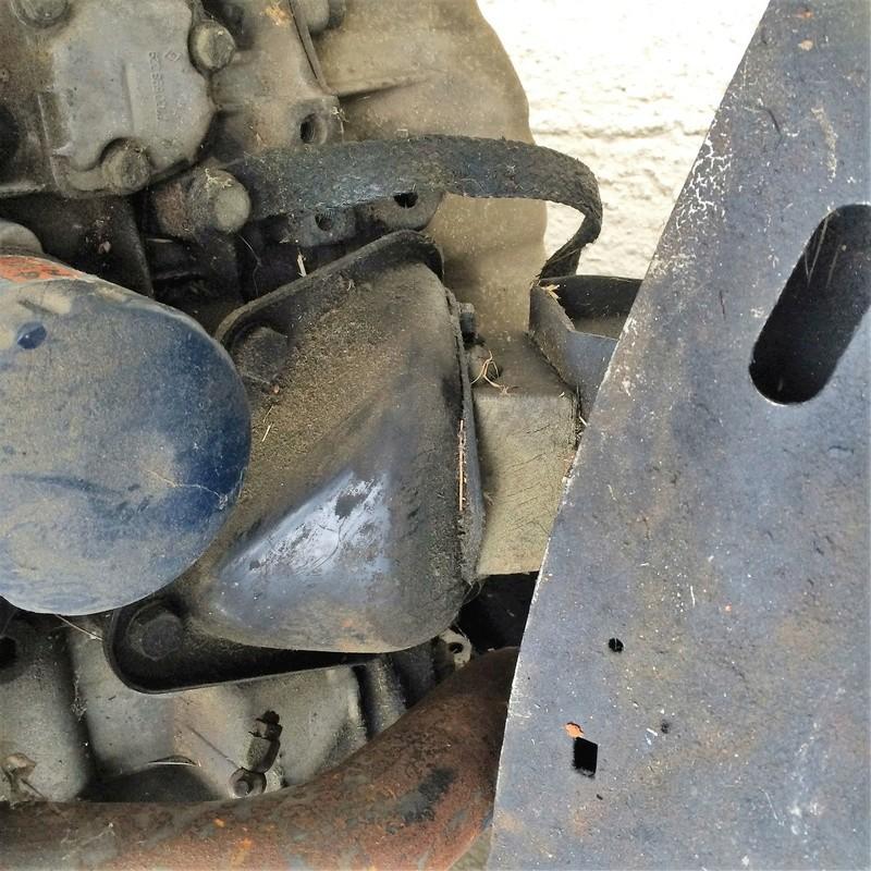 moteur renault 25 turbo d  Img_4418