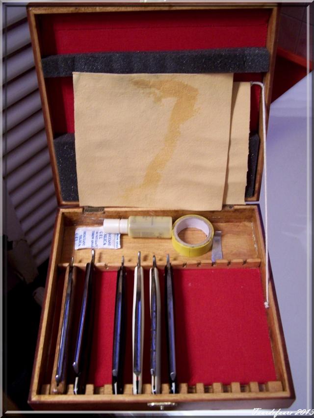 Photos de votre armoire spéciale rasage (ou de la partie réservée au rasage) Photo140